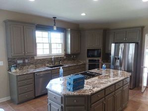 Before & After Cabinet Refinishing in Huntersville, NC (2)