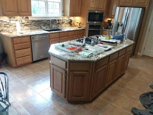 Before & After Cabinet Refinishing in Huntersville, NC (3)