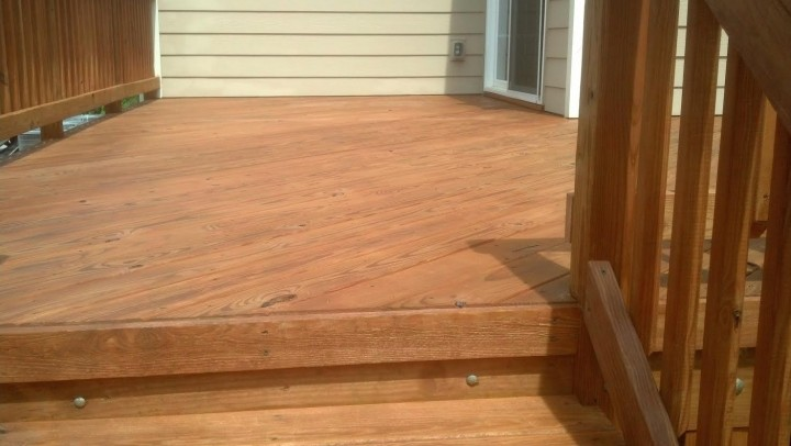 Semi Tranasparent oil stain on a Deck in Mooresville NC